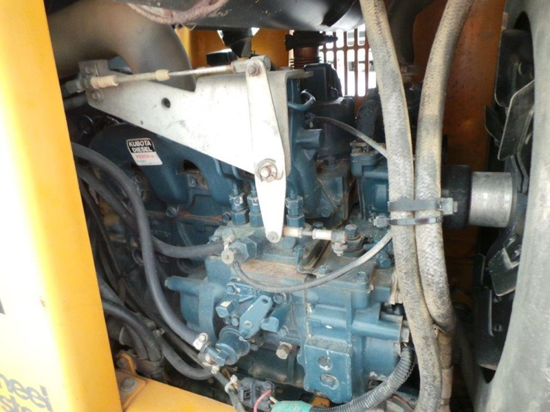 case 560 trencher 376046 025