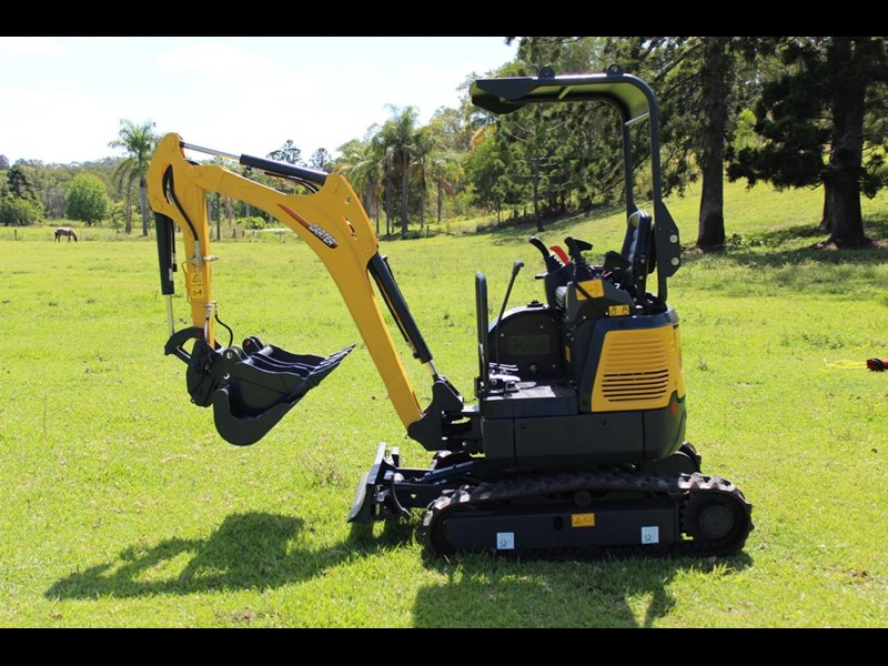 carter mini excavator ct16 yanmar powered with plan trailer 376694 034
