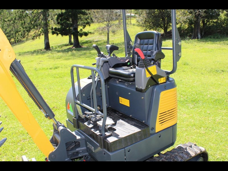 carter mini excavator ct16 yanmar powered with plan trailer 376694 035