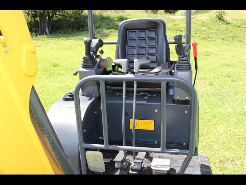 carter mini excavator ct16 yanmar powered with plan trailer 376694 039