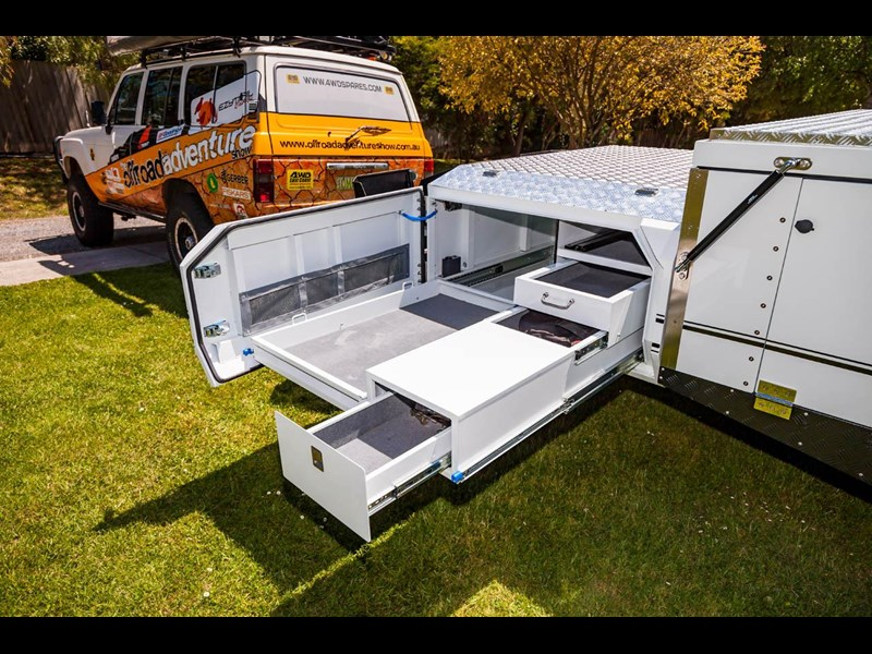 ezytrail lincoln lx hard floor camper 343629 011