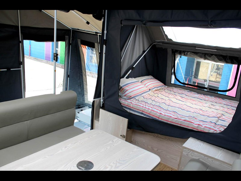 ezytrail lincoln lx hard floor camper 343629 061