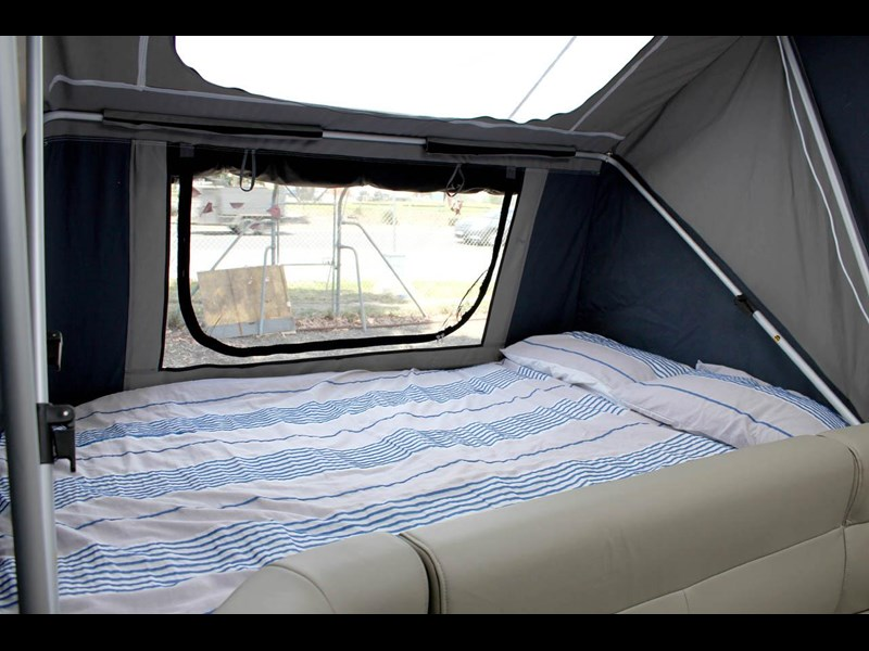 ezytrail lincoln lx hard floor camper 343629 047