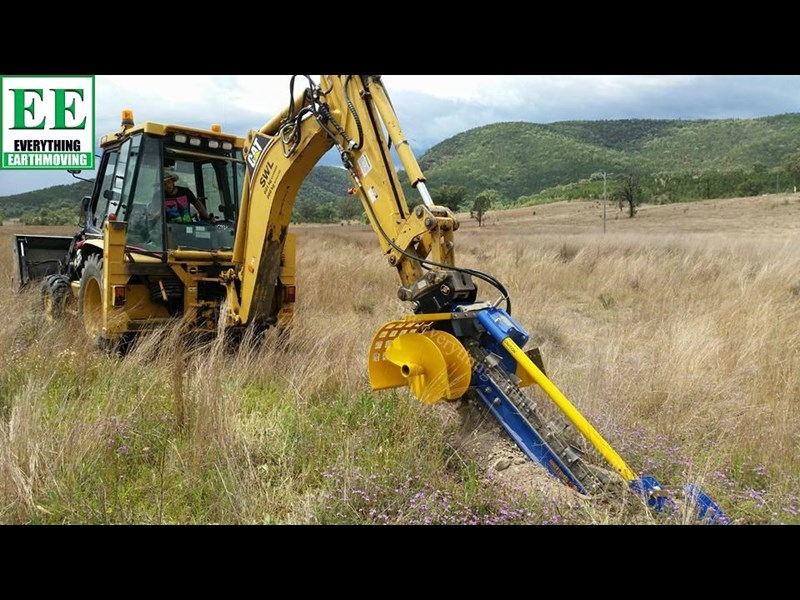 auger torque - augers, auger drives, extensions, hole cleaners, pallet forks, road brooms & trenchers from everything earthmoving 377400 065