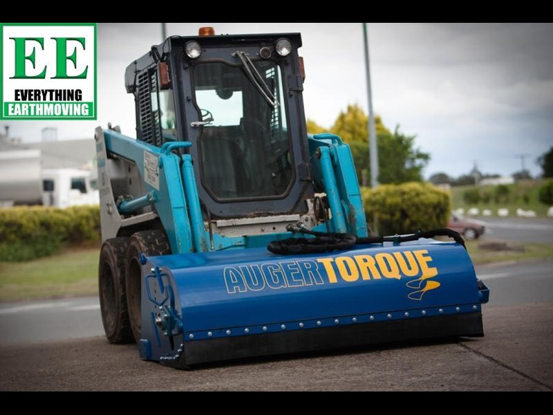 auger torque - augers, auger drives, extensions, hole cleaners, pallet forks, road brooms & trenchers from everything earthmoving 377400 069