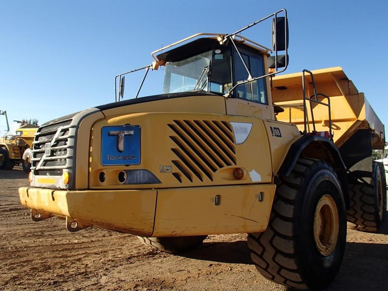 volvo a40d 377412 005