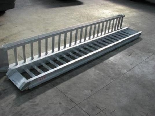 workmate 4 ton alloy loading ramps 378608 002
