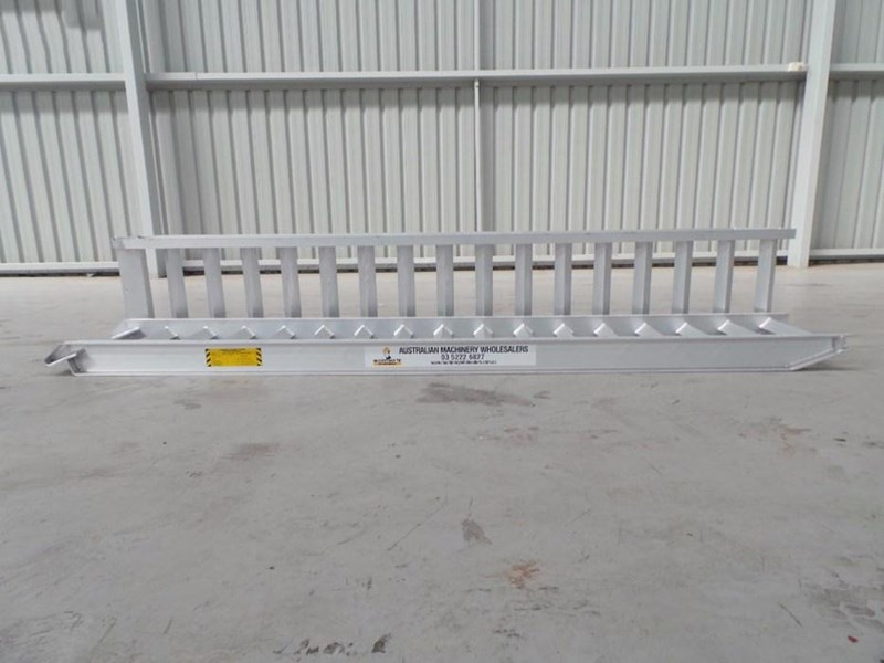 workmate 8 ton alloy loading ramps 378887 003