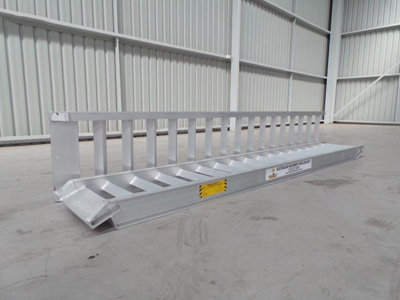workmate 8 ton alloy loading ramps 378887 002