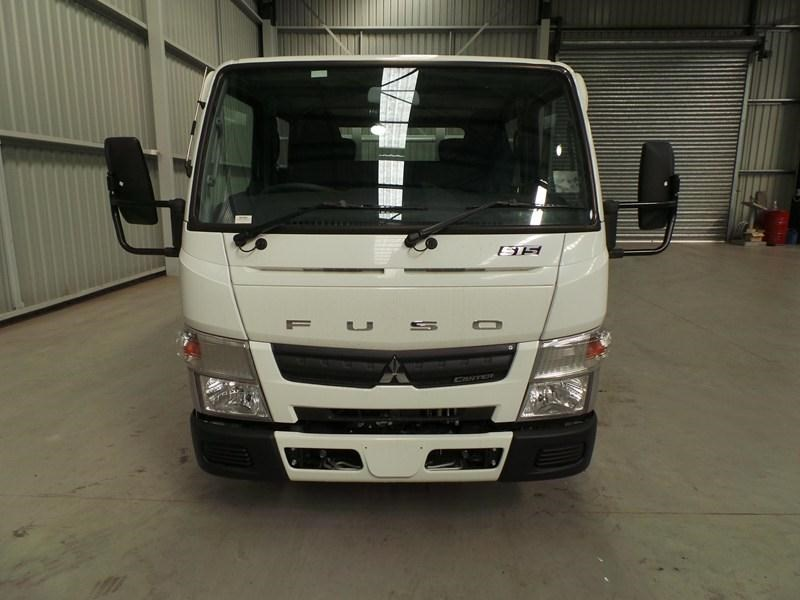 fuso canter 515 city cab 379311 013