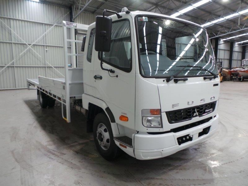 fuso fighter 1024 380077 011