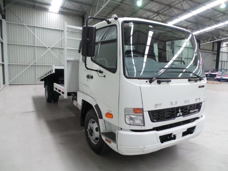 fuso fighter 1024 380330 011