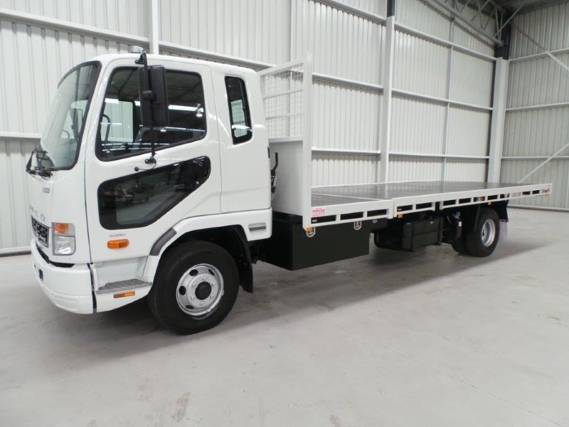 fuso fighter 1024 380330 031
