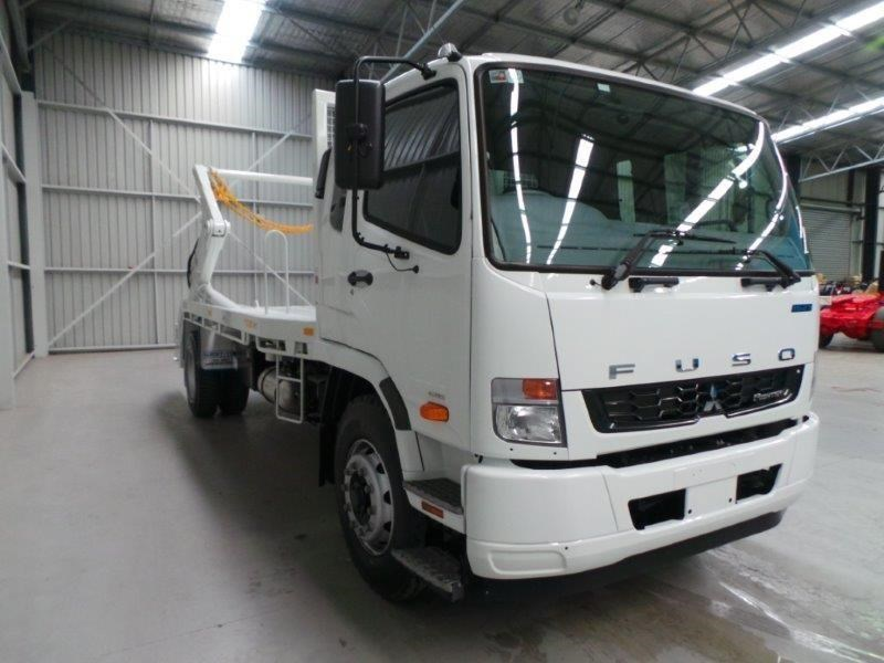 fuso fighter 1627 380691 011