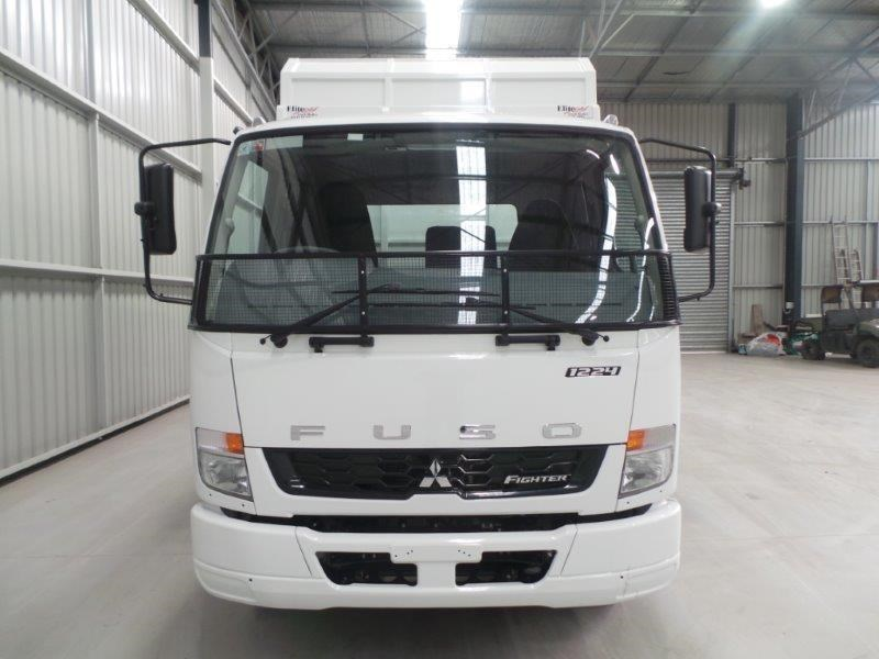 fuso fighter 1224 380811 007