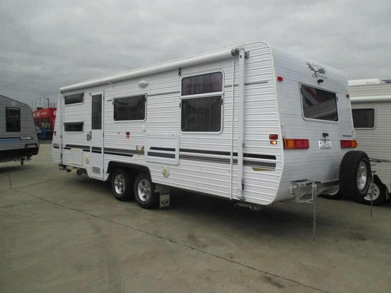 golden eagle escape family van ...sold...2008 model with shower and toilet 380649 002