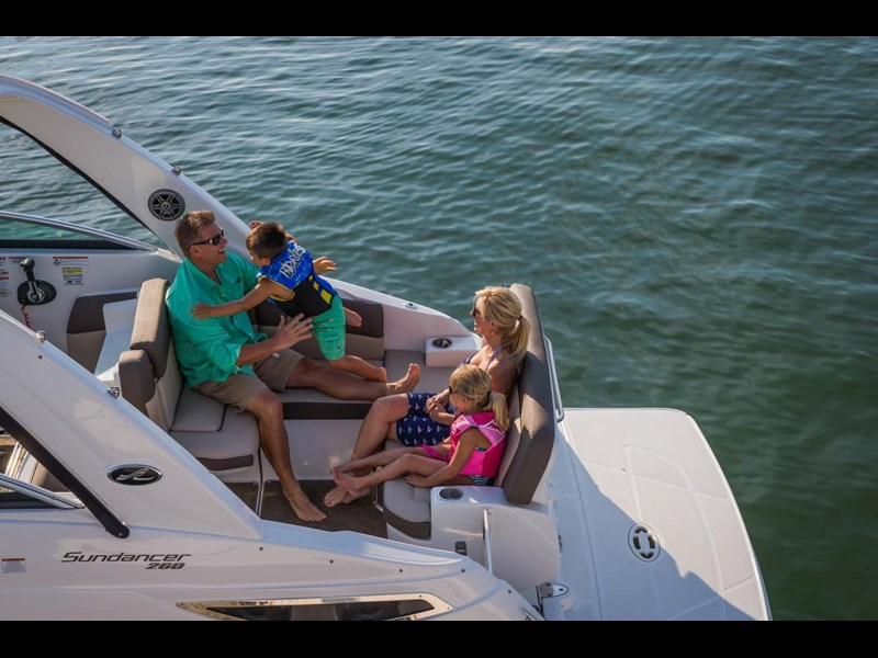 sea ray 260 sundancer 297300 015