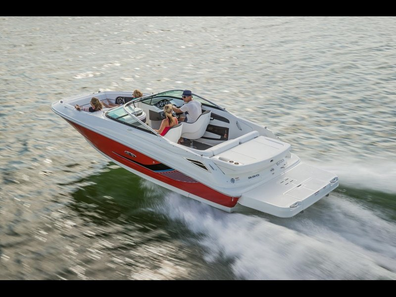 sea ray 220 sundeck 295890 017