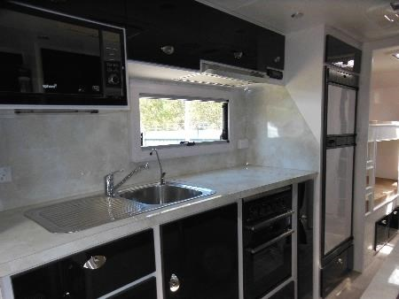 fortitude caravans ever ready 353116 007