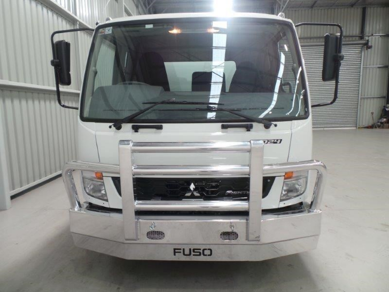 fuso fighter 1024 381743 013