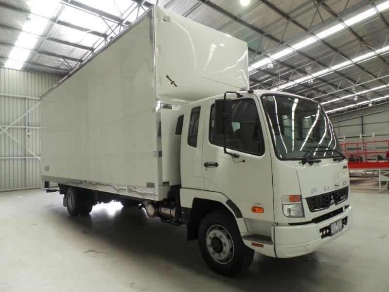 fuso fighter 1227 381919 011