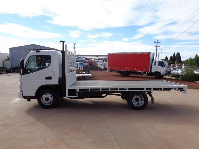 fuso canter 3.5t 382677 023