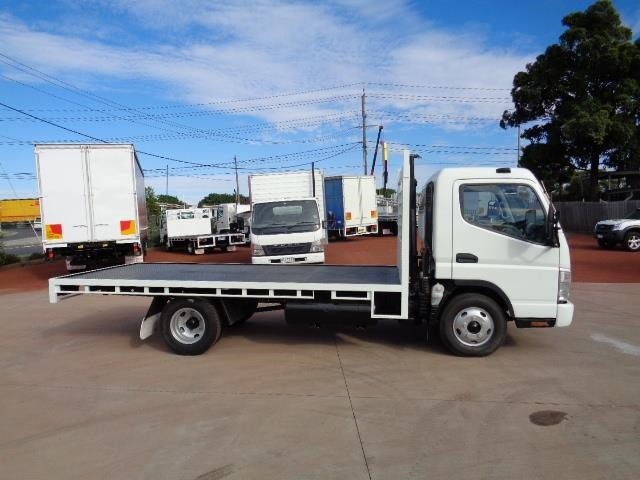 fuso canter 3.5t 382677 029