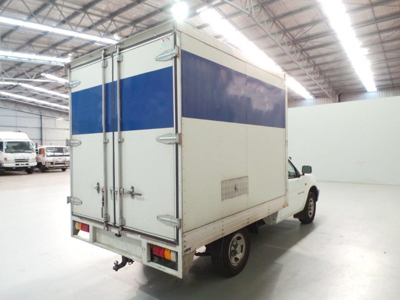 holden rodeo 383010 009