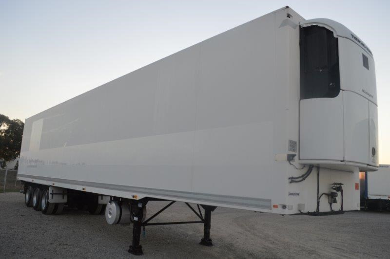 fte 20 refrigerated,4.2m high, dual zone, roller door 383110 001