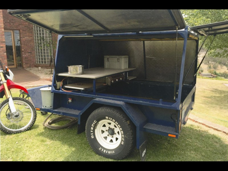 custom made camper trailer 383727 007