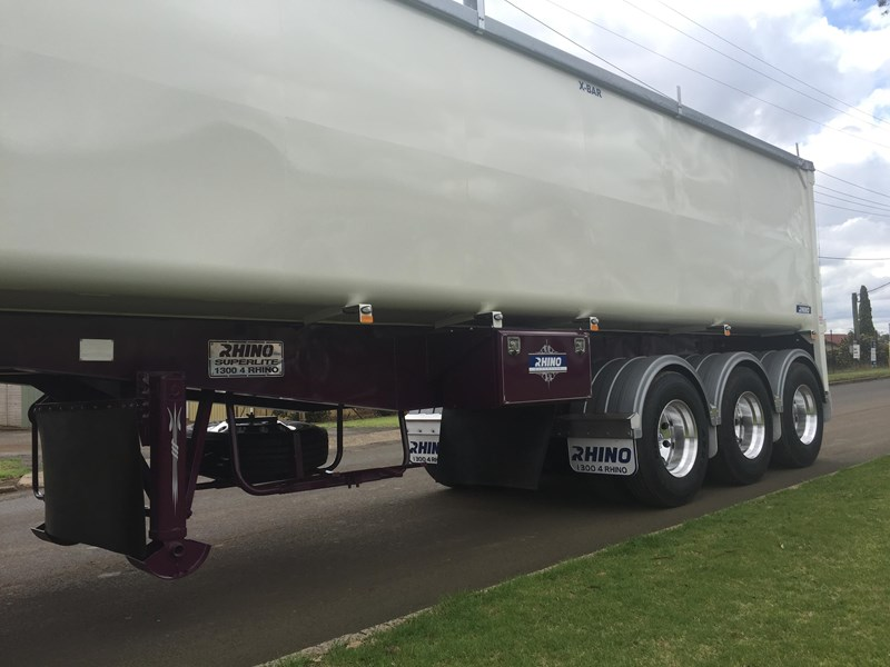 rhino superlite tipping semi trailer (t.o.a.) 140705 005