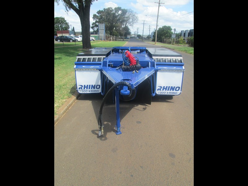 rhino tandem axle road train dolly 140810 007