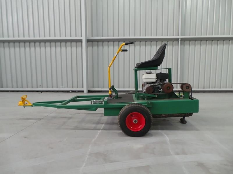 turf tec ride on greens roller 324184 002