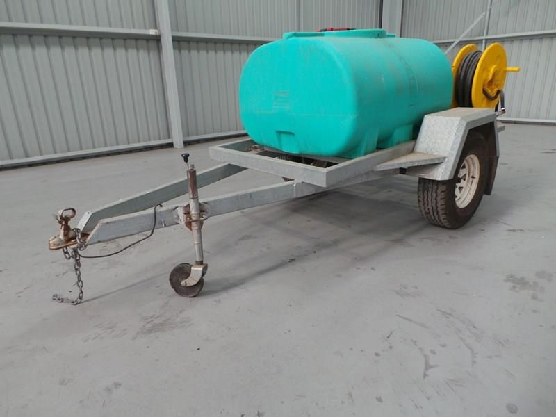 workmate 1000l water trailer 355719 001