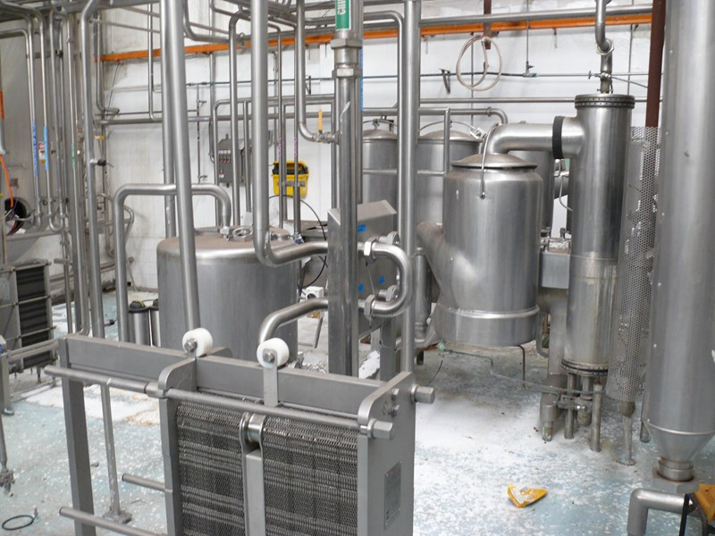 other dairy processing equipment - various stainless steel items. 392596 001