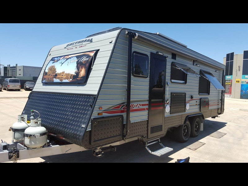 universal caravans 24ft crystal river 393127 006