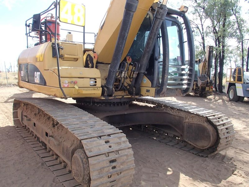 caterpillar 325dl 393698 009