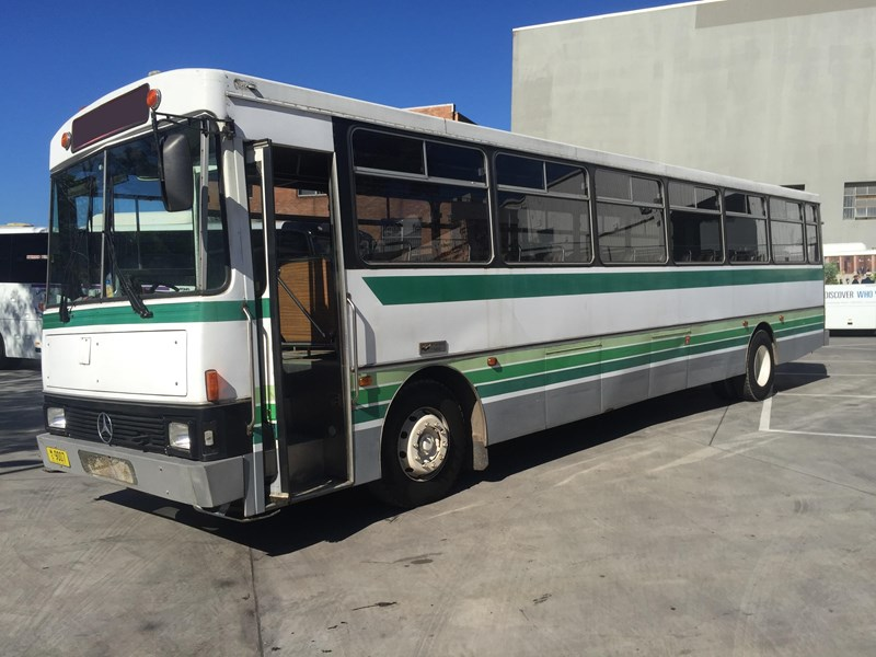 mercedes-benz oc1617 bus, 1984 model 393733 001