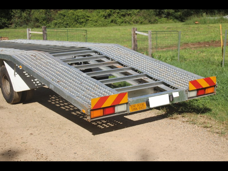 mgc engineering 2 car carrier trailer 393900 007
