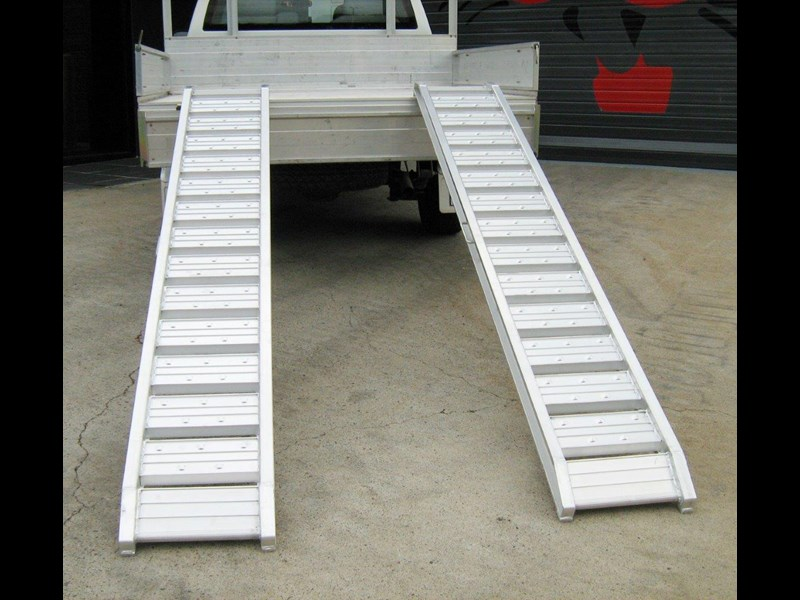 rhino 1800.kg aluminium loading ramps - kanga / dingo / bobcat / skid steer loading ramps[attramp] 394522 007