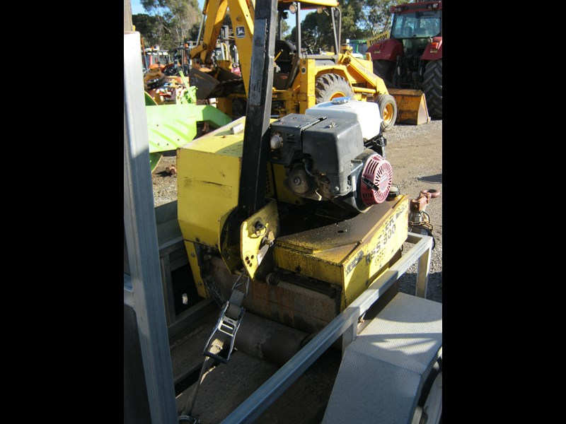 wacker neuson walk behind roller with plant trailer 395251 004