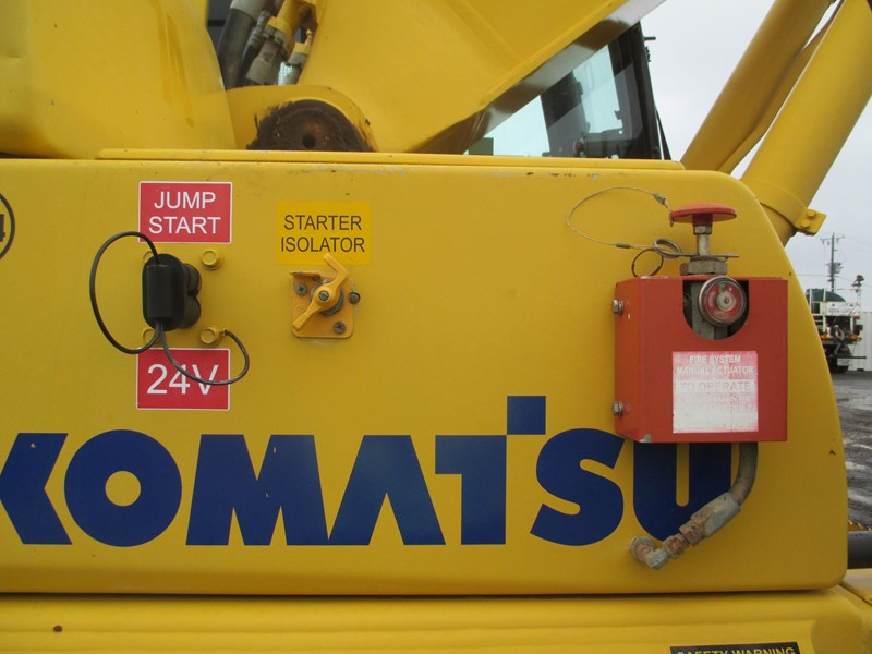 komatsu pc300-8 (also available for hire) 396289 023