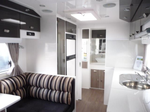 eden caravans expedition stock van 397304 003