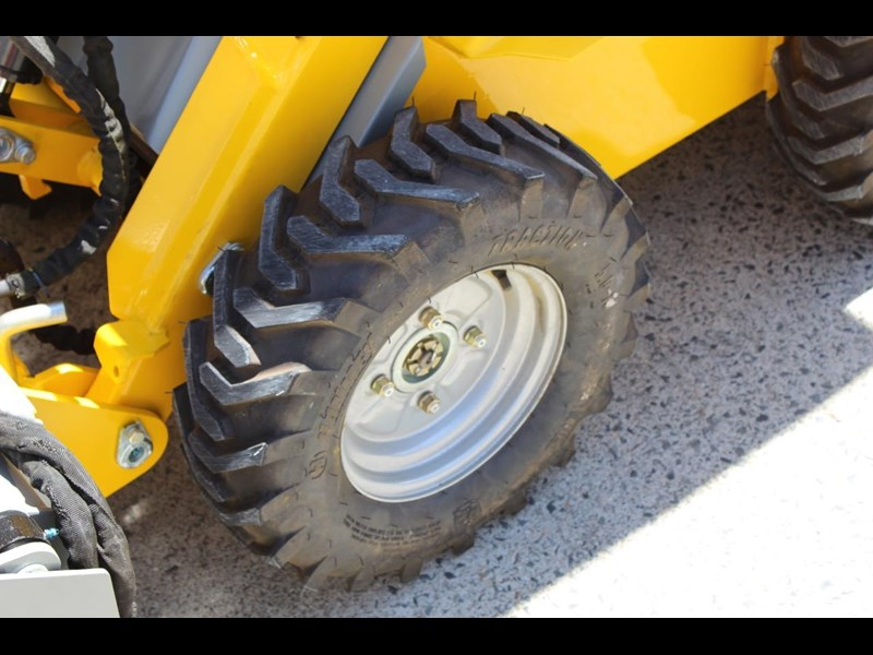 ozziquip wheel loader puma 398566 021