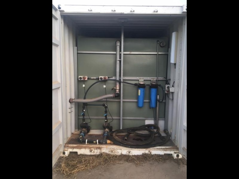 container 26,000 litre clean water tank 399077 001
