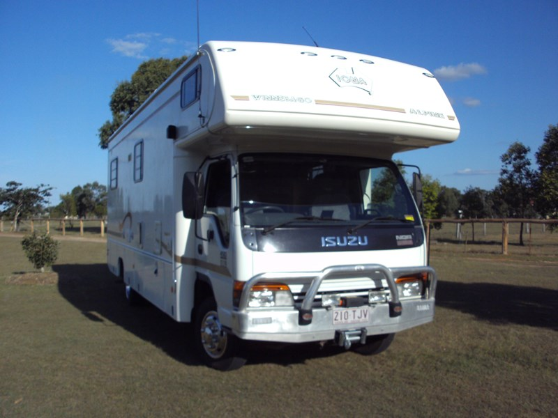 winnebago (avida) alpine 399422 004