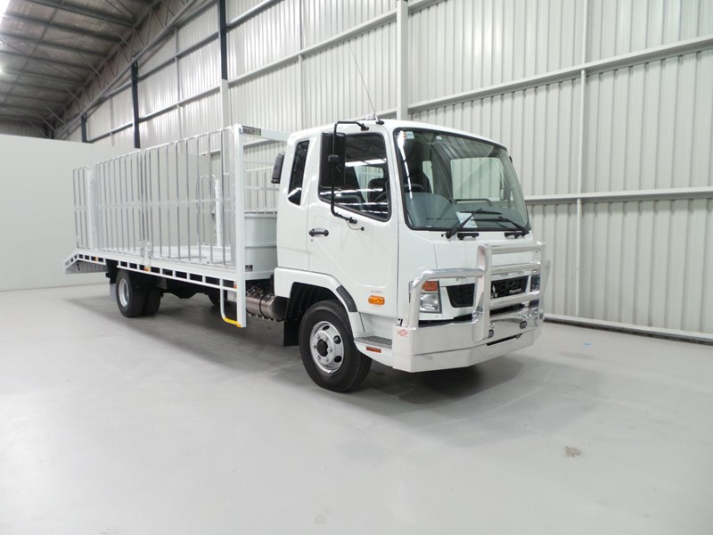 fuso fighter 1024 399406 007