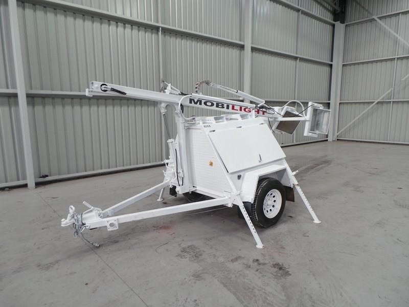 mobilight 4500 watt lighting tower 402853 003