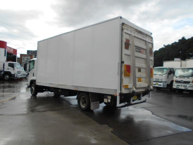 isuzu frr600 long 395390 005