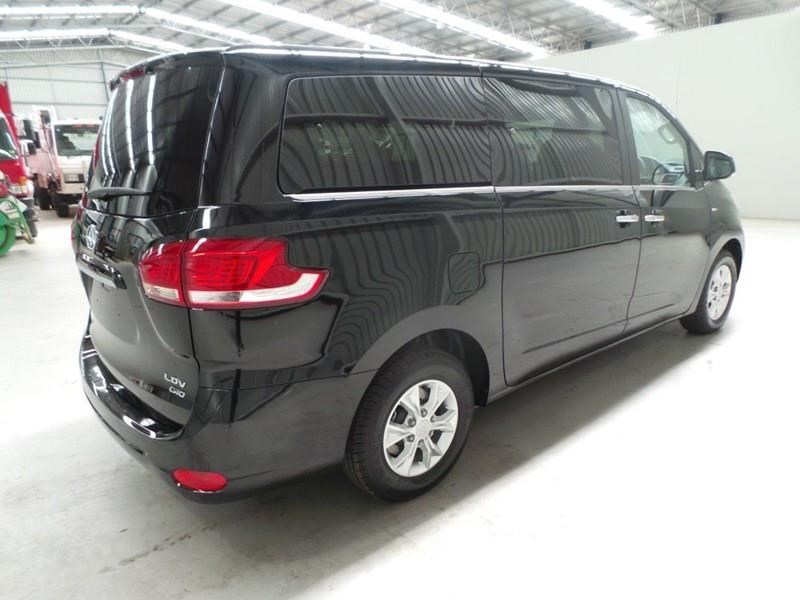 ldv g10 people mover 403473 011